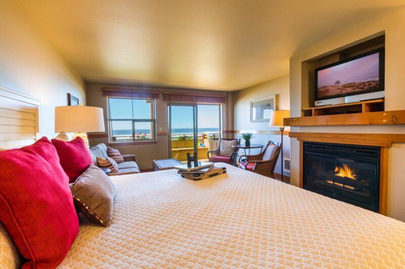 Oceanfront King Studio Upper Floor with Sofa Sleeper