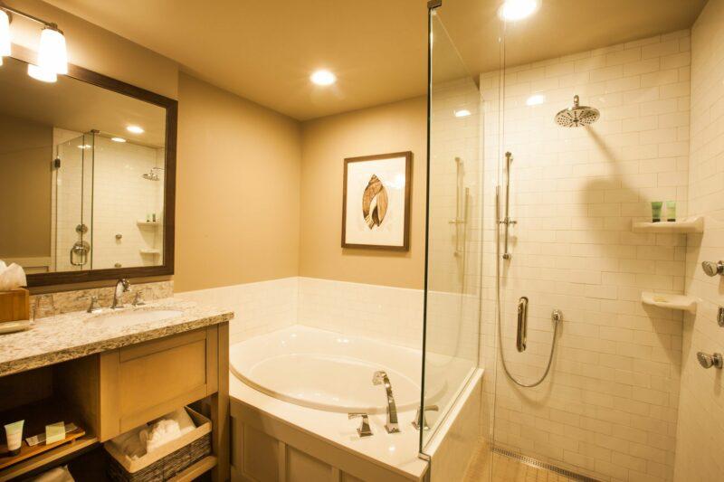 Stunning bathroom at the Ocean Lodge